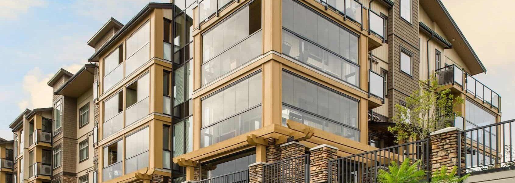 szklane zabudowy tarasów Lumon